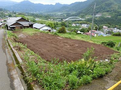 三田井長崎地区に菜園付き宅地
